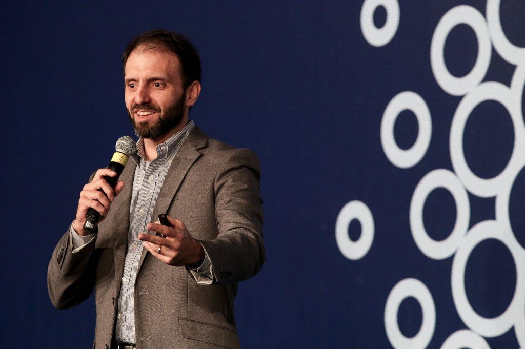 """Antonio Sá, consultor de varejo: """"ter os números em mãos é o que viabiliza a boa gestão da loja"""""""